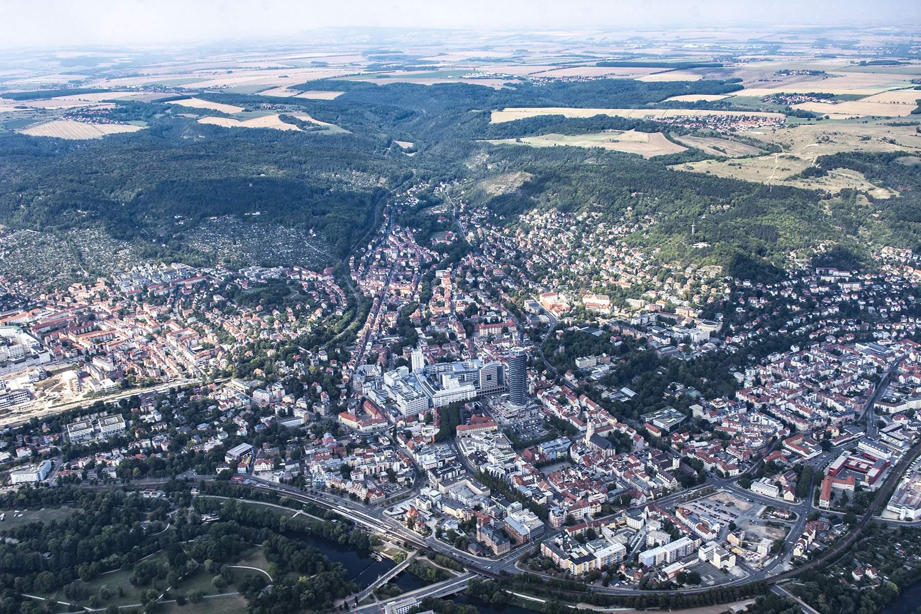 Fotograf in Jena und Thüringen, Grafik- und Webdesign, Social-Media und natürlich sehr viel mehr.