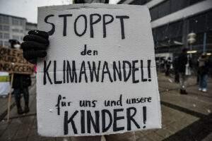 Demo und Kundgebung auf dem Jenaer Ernst-Abbe-Platz am heutigen Freitag-Nachmittag.